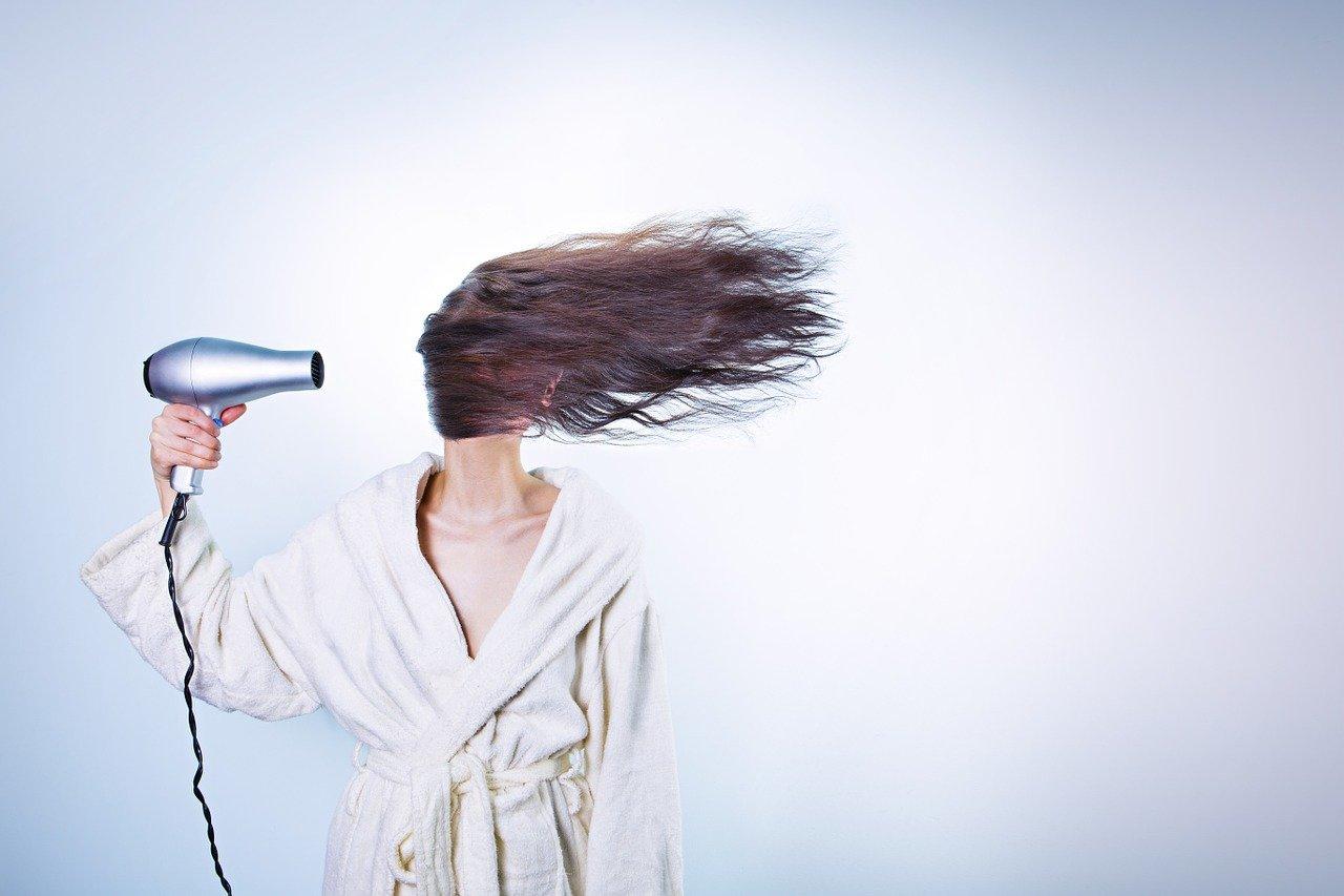 Jak wybrać kosmetyki do włosów?
