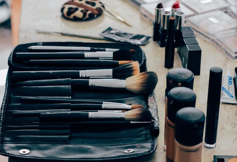 Jakie zdolności pozwala nabyć szkoła kosmetyczna?