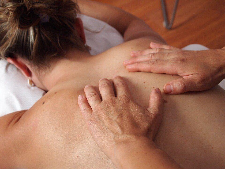 Masaż pleców na ból kręgosłupa